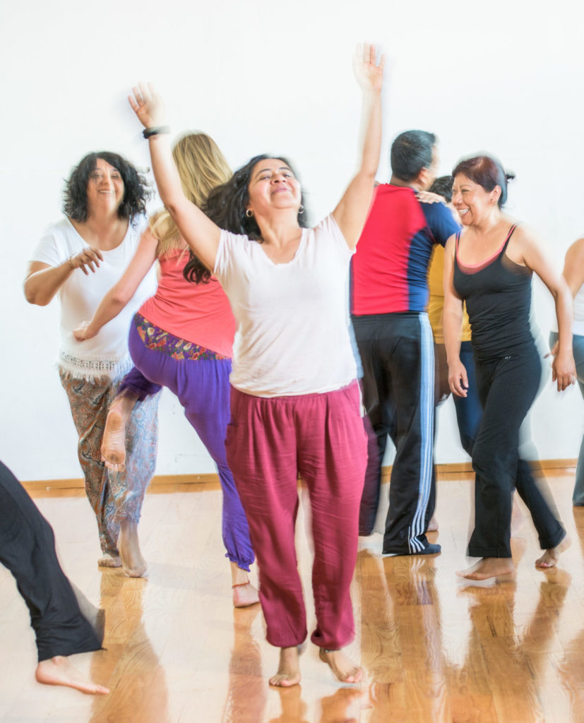 Danzaterapia online movimiento consciente danza creativa danza terapeutica movimiento creativo danza conciente danza online
